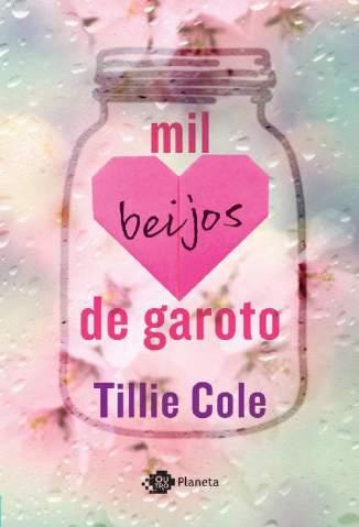 Baixar Livro Mil Beijos de Garoto - Tillie Cole em ePub PDF Mobi ou Ler Online